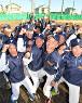 春夏通じて初の甲子園出場を決め、喜ぶ富島の選手たち=宮崎県日向市で2018年1月26日午後4時25分、森園道子撮影